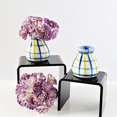 Dollhouse Miniatures Flower in Ceramic Vase