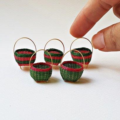 Dollhouse Miniatures Handmade Basket Bamboo Wicker Decoration Mini Tiny Christmas Decoration Set