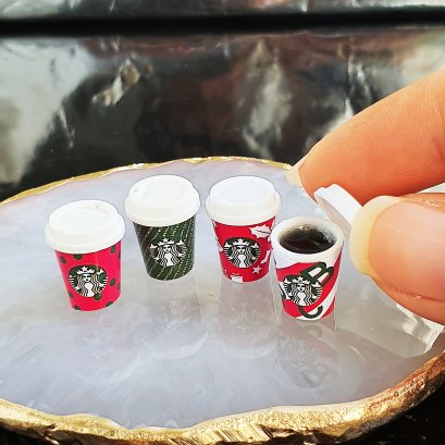 Dollhouse Miniatures Starbucks Hot Coffee Cup Drink Beverage Christmas Decoration Set