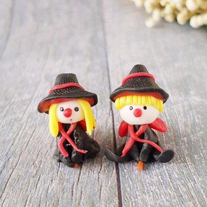 2x Witch Figurine Dollhouse Miniature Gift Halloween Season Decoration