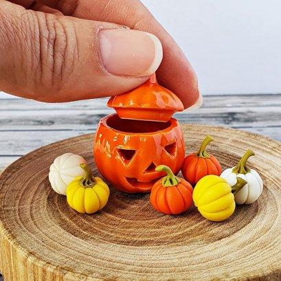 Dollhouse Miniatures Mixed Clay Pumpkin in Ceramic Pumpkin Pot Halloween Decoration