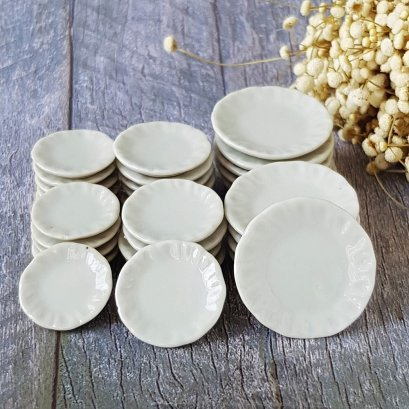 15 Mix Ceramic White Scalloped Plates Dishes Dollhouse Miniatures Supply Food