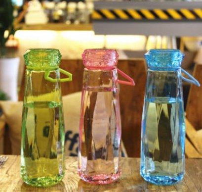 ขวดน้ำพลาสติก,แก้วน้ำพลาสติก,ขวดพลาสติกฝาเพชร