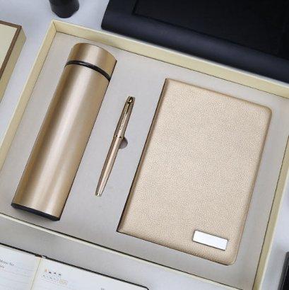 ชุดสมุดโน้ตกระบอกน้ำและปากกา,ชุดสมุดโน้ต