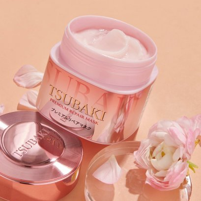 TSUBAKI Spring Camellia Hair Mask 180g (สีชมพู) แถมฟรีที่ม้วนผม Limited Edition