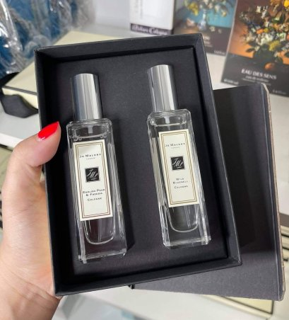 JO MALONE Combining Duo English Pear & Freesia 30ml + Wild Bluebell Cologne 30ml