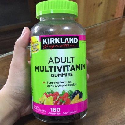 Kirkland Signature Adult Multivitamin Gummies 160 gummies (เนื่องจากอากาศร้อน อาจจะละลายเล็กน้อย)