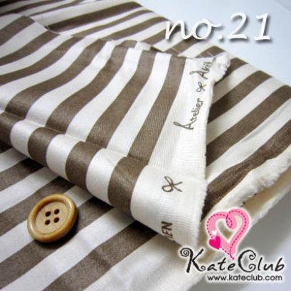 ผ้า Cotton ของ คุณ Akiko No.21 (1/4 เมตร) ** เนื้อผ้าจะออกเงาๆ ค่ะ