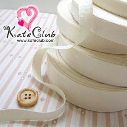 เทปผ้า Cotton สีขาวครีม **ใช้สำหรับงานปัก หรืองานปั๊ม (หน้ากว้าง 1 cm) 1 หลา