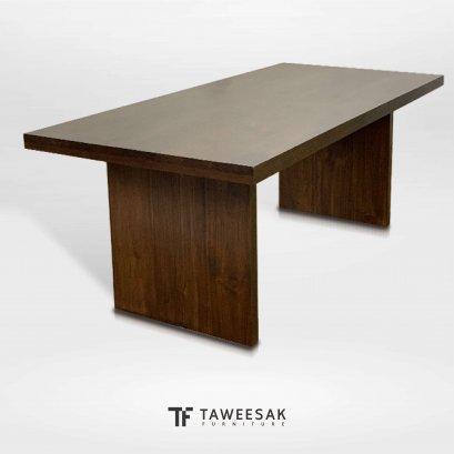 โต๊ะอาหารไม้สักแท้