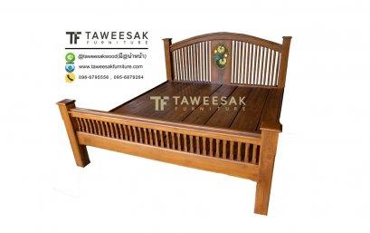เตียงไม้สัก BE057