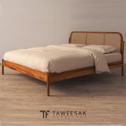 Jimmy เตียงไม้สักผสมหวายโมเดิร์น BE111