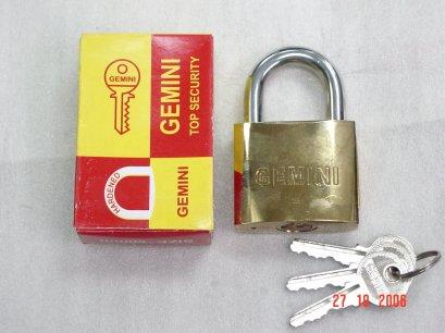 กุญแจชุบทองเหลืองคอยาว GEMINI