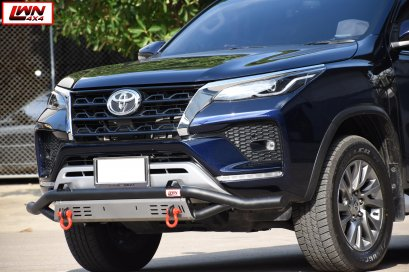 B-BAR New Fortuner 2020 Legender