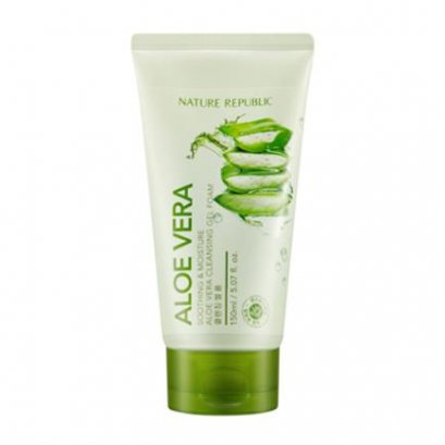 SOOTHING & MOISTURE ALOE VERA CLEANSING GEL FOAM