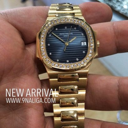 Patek Philippe 3900/1J Nautilus Yellow Gold Blue Diamond Dial 28M Lady size  Diamond Bezel Quartz Rare Item P795xxxB