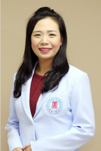 แพทย์จีน ธนภร ตันสกุล (หมอจีน เฉิน รุ่ย อิ๋น)