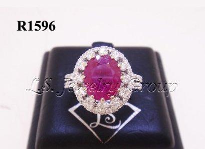 แหวนทับทิมพม่าธรรมชาติเจียระไน 3.05 Ct.