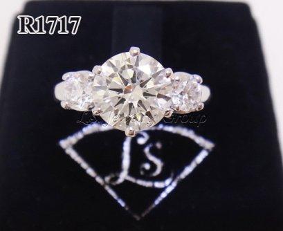 แหวนเพชรชูมีบ่า  1.51 ct. เพชร Heart & Arrow