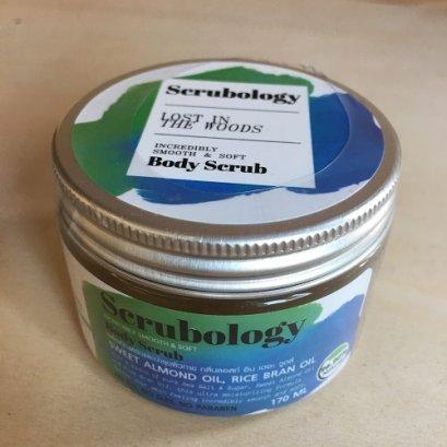 scrubology ผลิตภัณฑ์ขัดและบำรุงผิวกาย กลิ่นลอสท์ อิน เดอะ วูดส์ 170ml