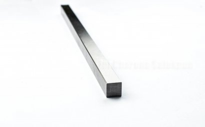ลิ่มแท่งเหล็ก/เหล็กแท่งสี่เหลี่ยมตัน S45C 28x18x300 mm