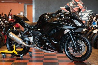 ขาย Kawasaki Ninja 650 ABS ปี 2017 โฉมใหม่ สภาพป้ายแดง