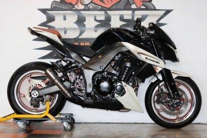 ขาย Kawasaki Z1000 SE ปี 2013 แต่งเต็ม ราคาเล้าใจ