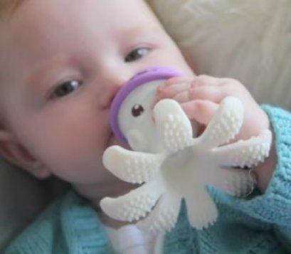 Mombella - Octopus Teether