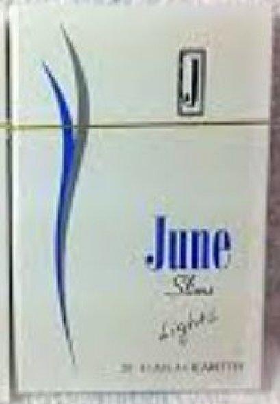 บุหรี่ JUNE LIGHTS SLIMS จูนฟ้า  บุหรี่จูน มวนเล็ก บุหรี่ไลท์ที่สูบดีอีกตัว มาพร้อมรสชาติที่สูบง่าย ไม่บาดคอ ใบยาไม่เข้ม รสชาติกำลังดี นิโคตินต่ำเพราะเป็นไลท์    มาพร้อมซองสวยเพียงสไลด์เปิด พกมาง่าย คอบุหรี่ไลท์ไม่ควรพลาด     MADE IN NETHERLANDS