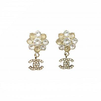 New Chanel CC Flower Earrings 1.5 CM in Crystals GHW