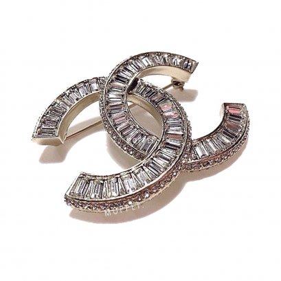 New Chanel CC Brooch 5 CM in Crystal SHW