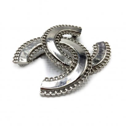 New Chanel CC Brooch 5.5 CM in Silver
