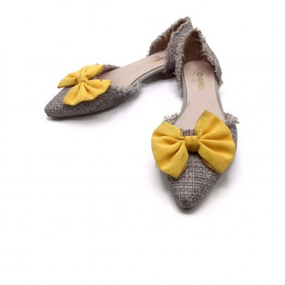 Used Chanel Tweed Shoes 38 in Yellow Bow