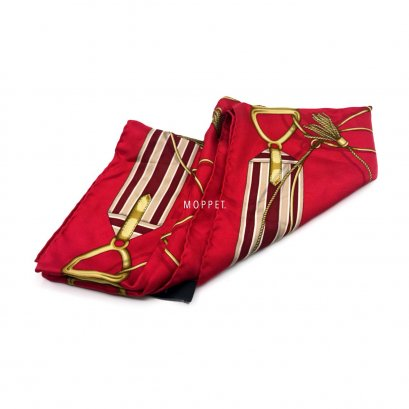 Used Gucci Scarf 70X70 in Red Silk