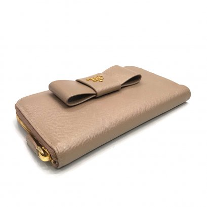 New Prada Saffiano Bow Zippy Wallet in Cammeo GHW