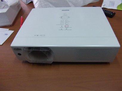 PLC-XU106 SANYO 4500 lumen XGA 1024x768