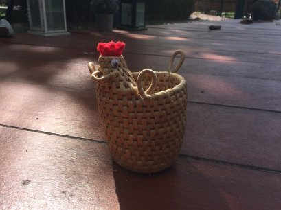 Water hyacinth wicker work - Tissue basket chicken