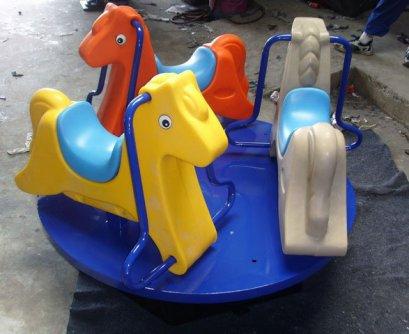 Sealplay ของเล่นสนาม แท่นม้าหมุน 3 ที่นั่ง