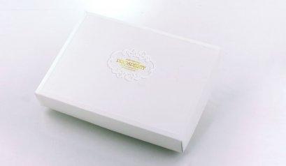C70805C กล่องลาย Prosperity ขาว 6ช่อง DIA: 17.4x11.7x3.8 cm