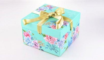 F081A กล่อง ฟ้า ลาย Love Comes Softly 21.7x21.7x14.5 cm
