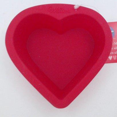 2104-1960 Wilton CNDY SPOON HEART ARROW 2 PC