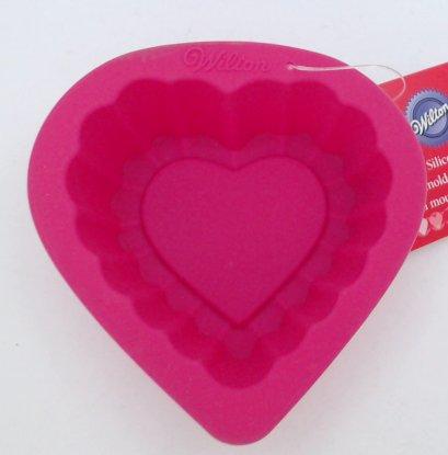 2105-3116 Wilton HEART SILICONE MOLD
