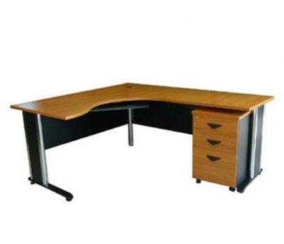 ชุดโต๊ะทำงานขาเหล็ก