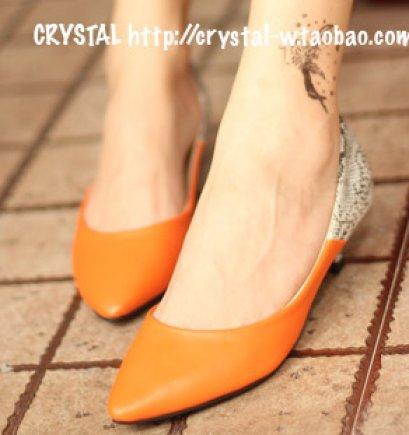 [[PreOrder]] [Cs-021] Crystal++รองเท้า++รองเท้าส้นเตี้ยสีส้มลายงู