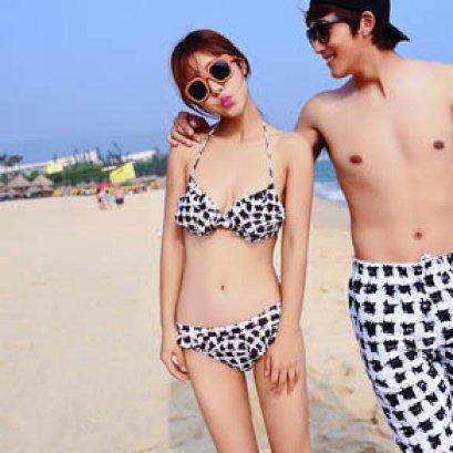 [[พร้อมส่ง]] [SH-005] SH++ชุดว่ายน้ำ++Bikini 2 Piece ลายขาวดำ ชุดระบายๆน่ารักๆ