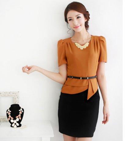 [[*พร้อมส่ง XL]] [SZ-2059] Shezyy++เดรส++เดรสเสื้อสีส้มเข้มไหล่บัวติดกับกระโปรงสีดำแบบสุภาพ พร้อมเข็มขัด