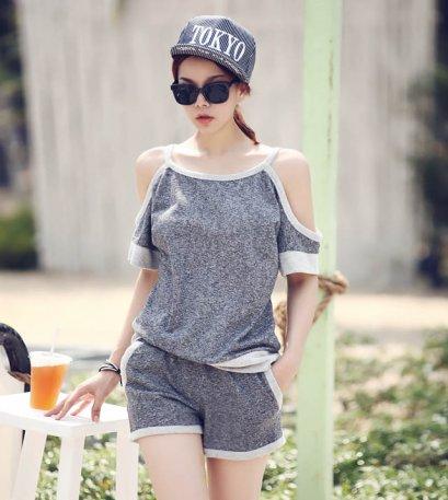 [[*พร้อมส่ง M]] [SZ-9838] Style By SZ++เสื้อชุด++เสื้อสีเทาเปิดไหล่ พร้อมกัยกางเกงขาสั้น(ชุด2ชิ้น)