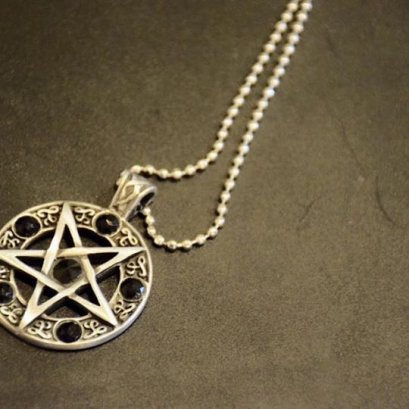 Pendant of Pentacle (black)