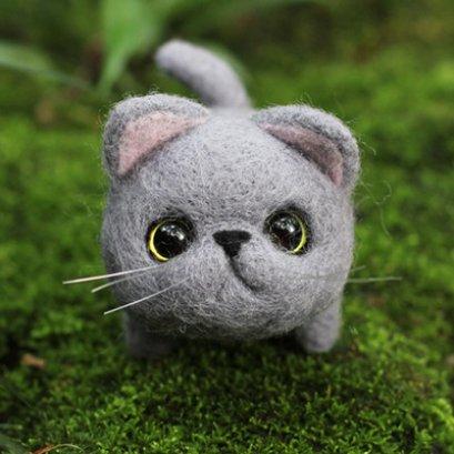 Kit set Felting น้องแมว สูงประมาณ 6.7 x 7.5 cm.ราคาชุดละ