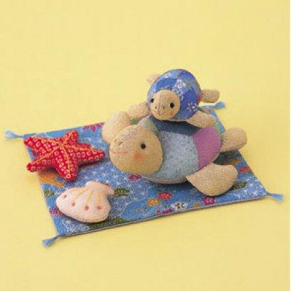 ลูกเต่ากับแม่เต่า ผ้าญี่ปุ่น ขนาด 16*13 cm.